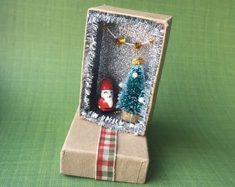Tiny Santa Christmas Miniature shadowbox/ Christmas Message Box/ Tiny santa card/ Shadow Box/ Tiny Christmas Diorama /Winter Scene
