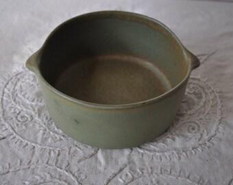 Olive Green David Gil Bennington Potters Bowl/Vintage c. 1960s/Hand Made Rustic Art Pottery Spouted Bowls
