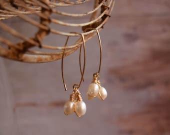 Pearl Cluster Earrings, Long Gold earrings wire wrapped, Bridal pearl earrings, 14 Karat gold filled pearl earring, spring wedding