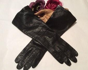 Vintage black leather mid arm gloves, made France silk lined black leather fashion gloves, sz 6 1/2 or 7 soft black leather mid arm gloves
