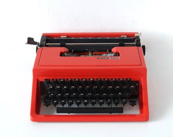 Sale Beautiful deep red Olivetti Dora Typewriter design by Ettore Sottsass,  mint condition