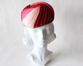 1960s Hat / Vintage Multicolor Pink Satin Hat