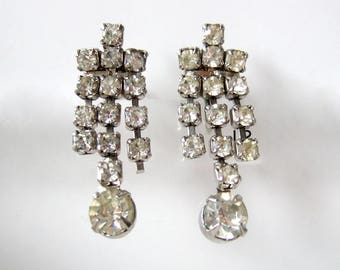 Rhinestone Earrings Screwback Earrings Silver Earrings 80s Vintage Sparkly Earrings