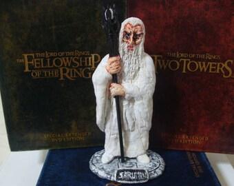The White Wizard Figurine (6 inch Range)