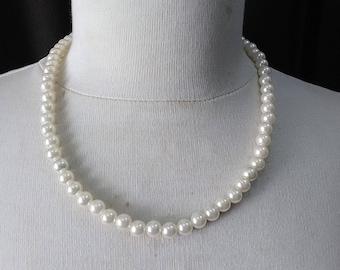 Retro ivory  beads necklace ready to ship