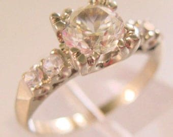 Vintage 10k WG .8ct White Topaz Engagement Ring Size 4
