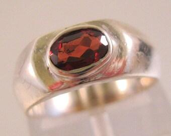 Genuine Garnet Sterling Silver Ring Size 3.75 Vintage Jewelry Jewellery