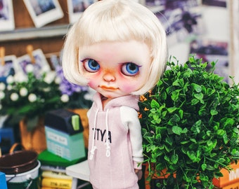 Blythe TTYA logo Hooded-T Pink
