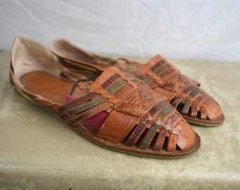 Cute Vintage 80s Rainbow Woven Huaraches Sandals- Made in Brazil