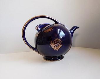 Vintage blue Hall Airflow 1940s teapot
