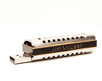 Tiny Harmonica USB drive w video lessons - Personalized - 8GB FlashHarp