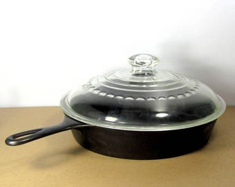 Vintage WAGNER WARE #10 A Cast Iron Skillet Sidney O Marked Glass Lid