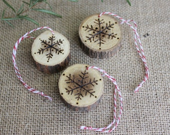 Snowflake Ornaments, Wood Slice Ornaments, Wood Burned Ornaments, Rustic Christmas Decorations, Gift Tags