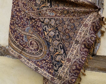 "Indian Paisley Reversible shawl/stole. Burgundy/pale mustard Man made fibre. 78 x 30""  198 x 76 cm"