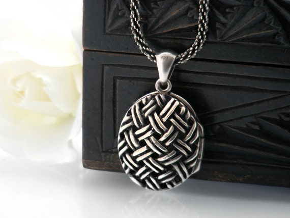 Vintage Sterling Silver Locket | Basketweave Cage Locket with Heavy Italian 925 Silver Rope Chain | Vintage Perfume Locket - 22 Inch Chain