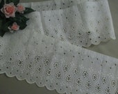 Vintage Lace Antique Trim  Wide Eyelet Trim