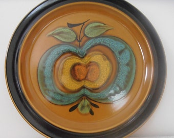 la pomme...vintage ceramic serving plate