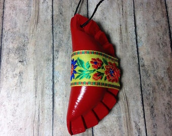 1 Pieróg ornament - red