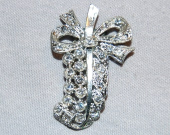 Vintage / Bow / Dress Clip / Clear / Rhinestone / Art Deco / Bridal / Signed / Select / old jewelry