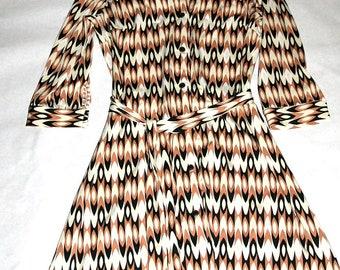 Soooo 70's Vintage Printed Polyester Shirt Dress- Size M