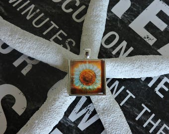 Sunflower Pendant,Pendant Supply, Jewelry Supply, Silver Plated Pendant, Sqaure Pendant, Flower Pendant
