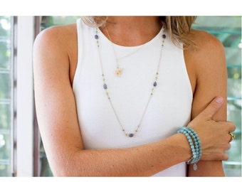 Stretch Bracelet / Stretchy Bracelet / Stackable Bracelet / Handmade Bracelet / Natural Bracelet / Bohemian Jewelry / Boho Bracelet / Blue