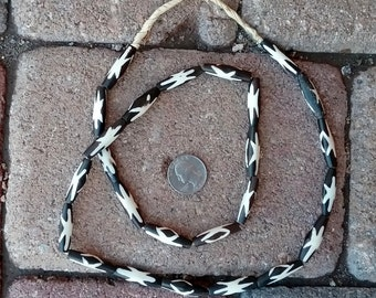 Ghana Pipe Bone Beads: Batik  7x28mm