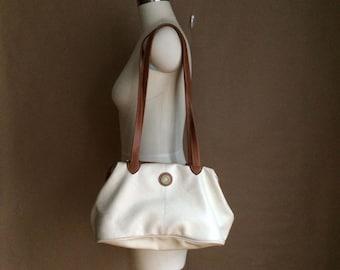 WEEKEND SALE! 90's vintage Capezio doctors tote handbag / purse / pleather vinyl material / two tone handbag / minimalistic
