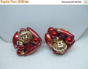 SALE 50% OFF Vintage Signed Red and Gold Clip on Cluster Bead Earrings made in Hong Kong