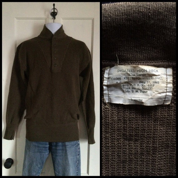 Vintage 1940s WW2 High Neck Henley Sweater size L Cat eye buttons, 1945 Eagle Knitting Mills