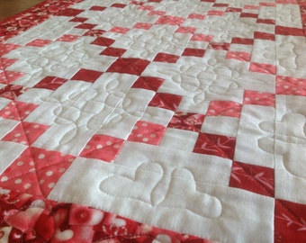Love Letters CrissCross 19x38 quilted Valentine table runner