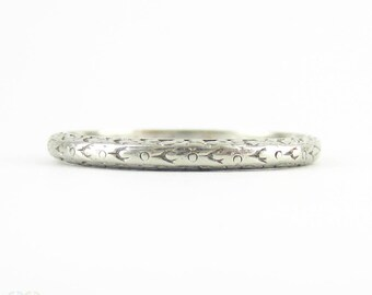 Art Deco Engraved Wedding Ring, Platinum Band. Floral Orange Blossom Pattern with Side Engraving. Circa 1920s, Size N /6.75.