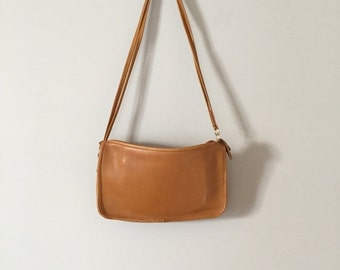 30% OFF SALE... mustard leather messenger bag   vintage shoulder cross body bag