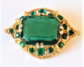 Dark Green Glass Brooch... Bright Goldtone & Diamante... Chunky