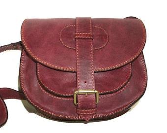 Cherry Red Leather Saddle Bag Messenger Cross-body Purse Goldmann Size S