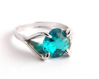 Vintage Silver Aqua Teal Blue Solitaire Ring - Faceted Octagon Cut Glass - Child Girl Women - Size 5.75 - RARE Color