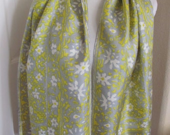 """VERA // Beautiful Vintage Yellow Gray Silk Scarf - 15"""" x 56"""" Long // Best of the Best"""