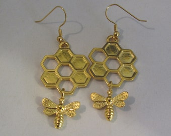 HoneyComb with Bee Hanging Earrings