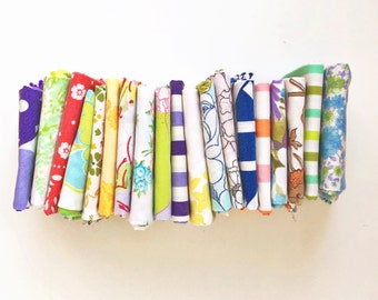 Vintage Sheet Fat Quarter Bundle - Surprise Grab Bag - Random Assortment  - Set of 20