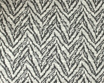 Cream and Charcoal Grey Abstract Chevron Closed Weave Sweater Knit Fabric, 1 Yard