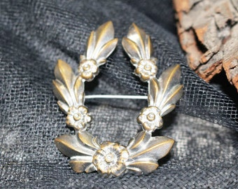 Silver Vintage Pin, Wreath of Silver Brooch, Vintage Brooch    -   T
