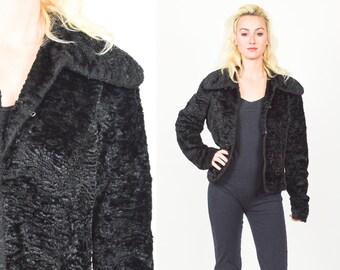 90's BLACK FAUX FUR Coat. Cropped Cut. Long Sleeves. Mod Minimalist Grunge. Thick Plush soft Faux Fur. 90's Vintage Fur Black Coat
