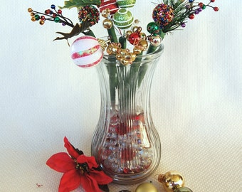 Set of 6 Festive Christmas Pens with Christmas Bling and Christmas Bells Black BIC Pen Ink Anti-Theft Pens Office Pens Christmas Gift Pens