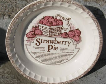 royal china strawberry pie deep dish plate country harvest ironstone rustic country farmhouse 1983