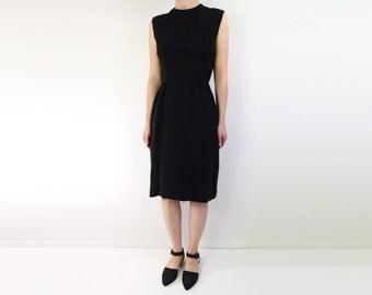 VINTAGE 1950s Black Dress Sleeveless Sheath Dress