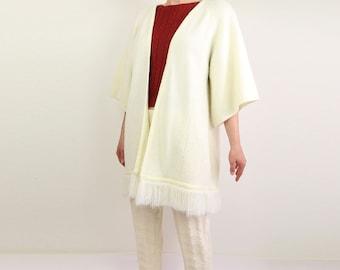 VINTAGE 1970s Fringe Sweater Knit Cardigan Long Cream