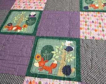 Baby quilt, unisex baby quilt, baby shower gift, woodland creatures quilt, owl quilt, fox quilt, modern childrens quilt, UK quilt shop