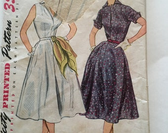 50s Simplicity 3876 Flared Skirt Dress with Sleeveless or Cuffed Sleeves Size 14 Bust 32