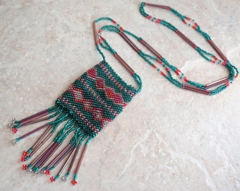 Beaded Pouch Necklace Holiday Christmas Green Red Gift Holder Vintage 092013MR