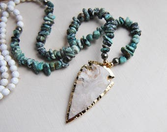 Arrowhead Necklace, Turquoise Necklace, Howlite Necklace, Long Necklace, Bohemian Necklace, Festival Necklace, Stone Necklace, Boho Necklace